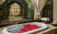 The Residence Villa Siam Residence En-suite Bathroom | Seminyak, Bali