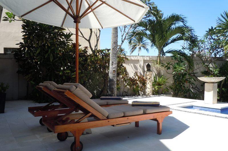 Villa Pantai Sun Loungers | Candidasa, Bali