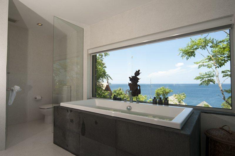 Laemsingh Villa 3 Bathtub | Phuket, Thailand