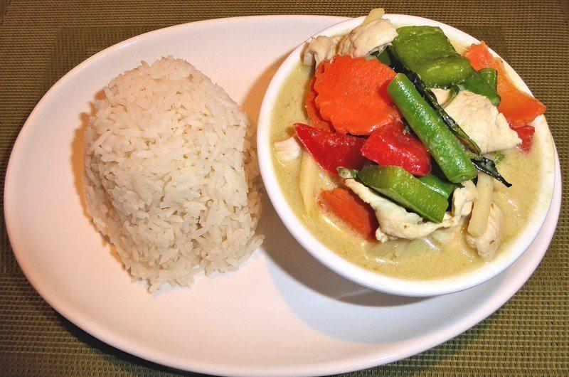 Thai Dishes Green Curry Chicken