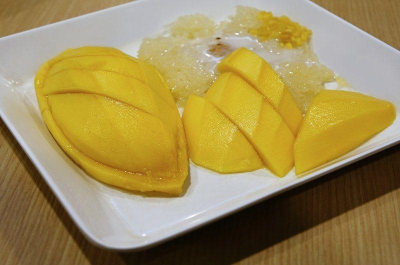 Thai Dishes Mango Sticky Rice