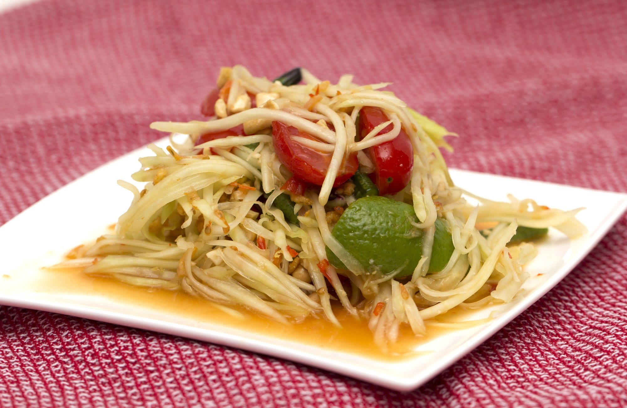 Top 10 Local Dishes to Try in Thailand