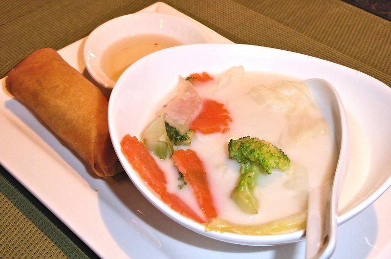 Thai Dishes Tom Yam