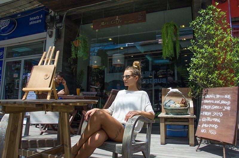Thailand Samui Art June's Cafe Outside
