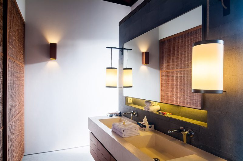 Ambalama Villa En-suite Bathroom | Canggu, Bali