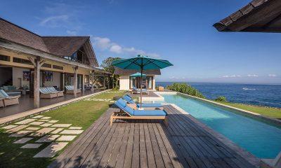 Casa Del Mar Sun Beds | Nusa Lembongan, Bali