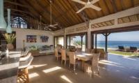 Casa Del Mar Living And Dining Area | Nusa Lembongan, Bali