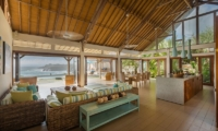 Casa Del Mar Living Area | Nusa Lembongan, Bali