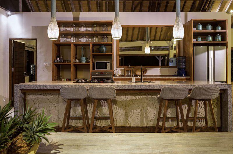 Casa Del Mar Breakfast Bar | Nusa Lembongan, Bali