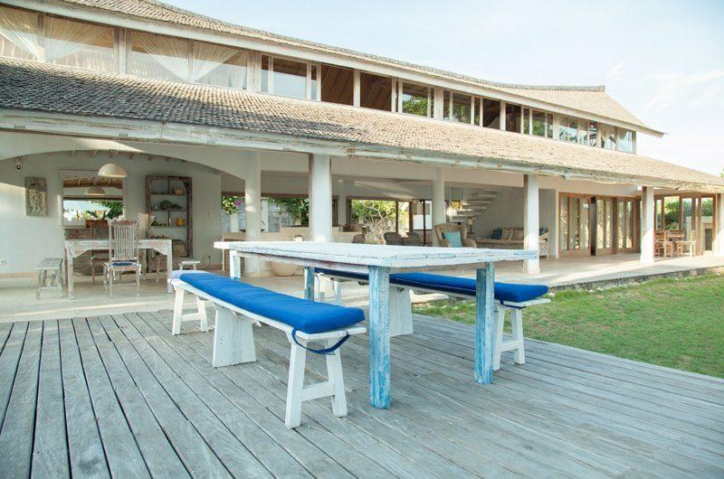 Island House Outdoor Dining | Nusa Lembongan, Bali