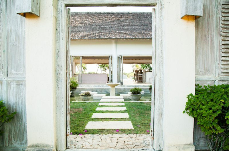Island House Entrance | Nusa Lembongan, Bali