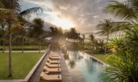 Jeeva Saba Estate Sun Beds | Gianyar, Bali