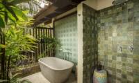 Jeeva Saba Estate Bathtub Area | Gianyar, Bali