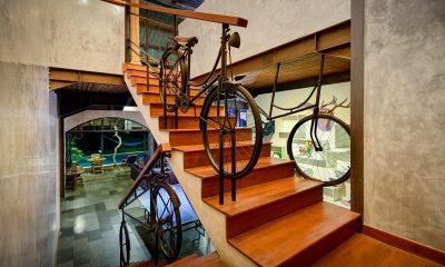 Niconico Mansion Up Stairs | Petitenget, Bali