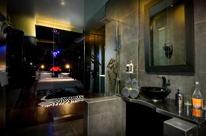 Niconico Mansion Bedroom and En-suite Bathroom Six | Petitenget, Bali