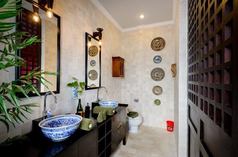 Niconico Mansion Bathroom Three | Petitenget, Bali