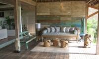 Villa Driftwood Living Room | Nusa Lembongan, Bali