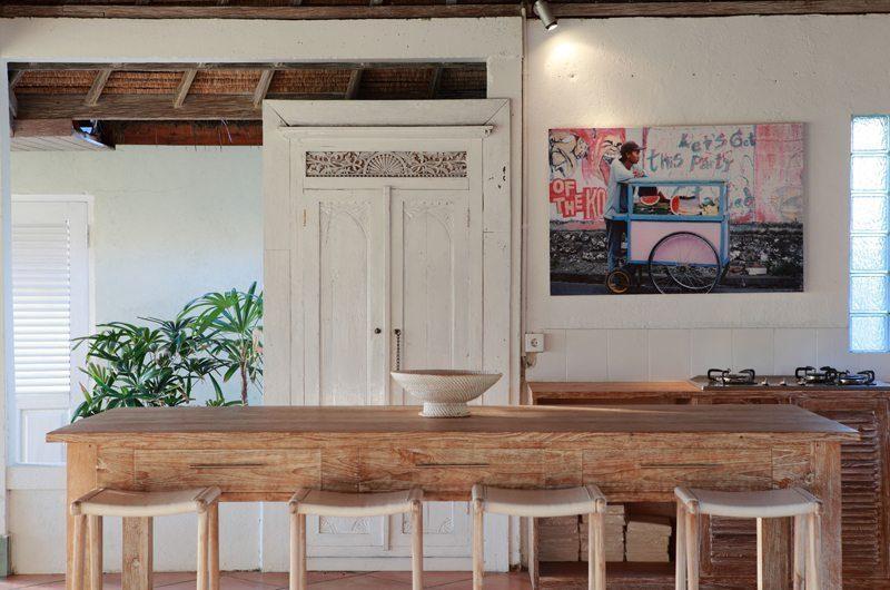Villa Driftwood Breakfast Bar | Nusa Lembongan, Bali