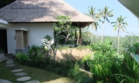 Villa Kembang Pathway | Ubud, Bali