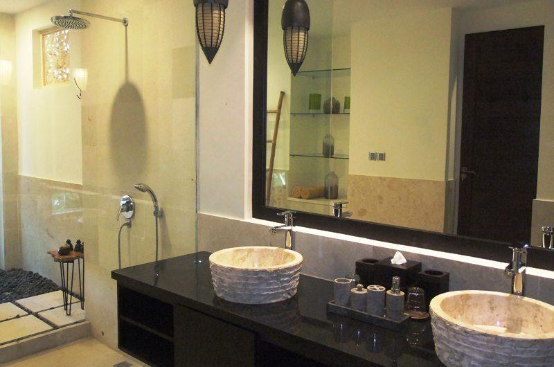 Villa Kembang Guest Bathroom | Ubud, Bali