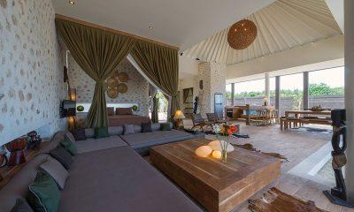 Villa Kingfisher Living Area | Nusa Lembongan, Bali
