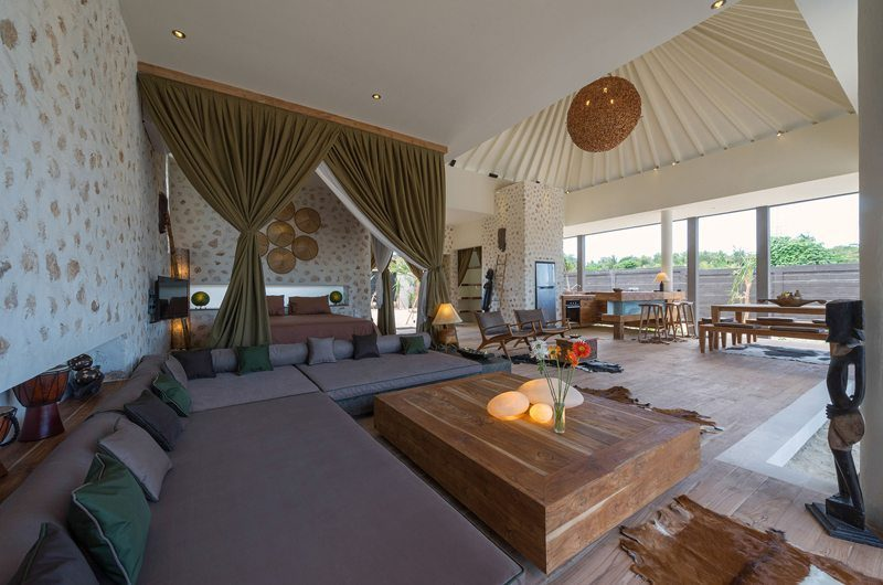 Villa Kingfisher Living Area   Nusa Lembongan, Bali