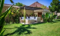 Villa Lotus Lembongan Outdoor Lounge | Nusa Lembongan, Bali