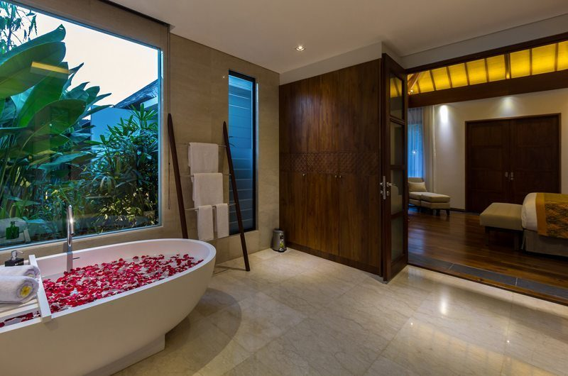 Villa Meliya Bathtub | Umalas, Bali