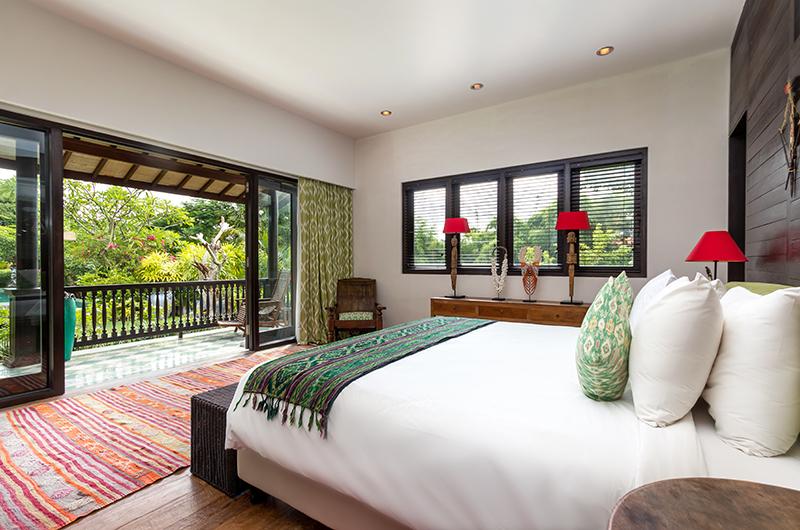 Villa Theo Bedroom with Balcony | Umalas, Bali