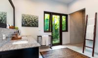 Villa Theo Bathroom Area | Umalas, Bali