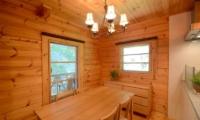 Maki Cottage Dining Area   Hakuba, Nagano
