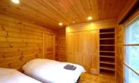 Maki Cottage Bedroom Two   Hakuba, Nagano