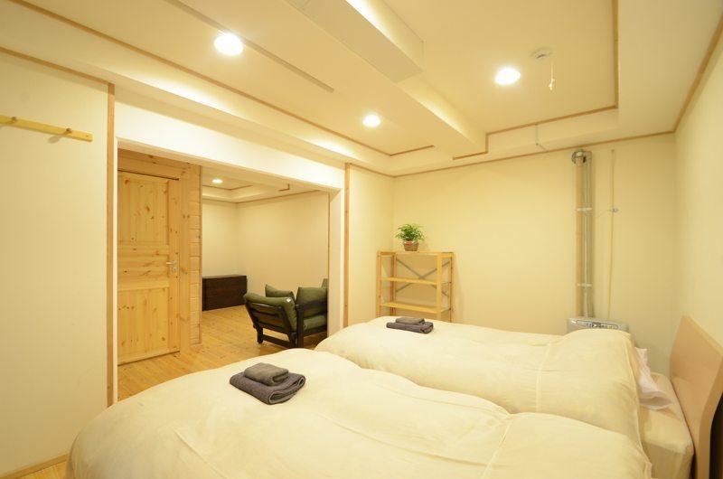 Maki Cottage Bedroom One   Hakuba, Nagano