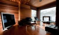 One Happo Chalet Lounge | Hakuba, Nagano