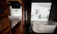 One Happo Chalet Bathtub | Hakuba, Nagano