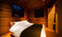 Phoenix One Guest Bedroom | Hakuba, Nagano