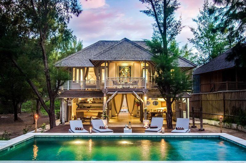 Villa Coral Flora Sun Deck | Lombok | Indonesia