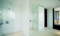 Baan Santisuk Shower | Patong, Phuket