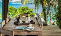 Laemsingh Villa 3 Dining Table | Surin, Phuket