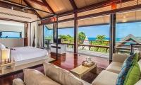 Laemsingh Villa 3 Bedroom Side | Surin, Phuket