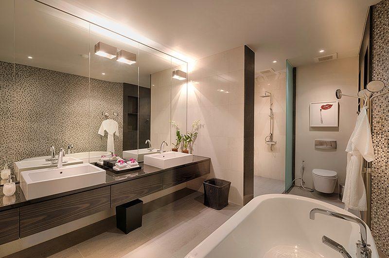 Malaiwana Villa M Bathroom with Bathtub | Phuket, Thailand