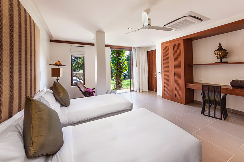 Villa Analaya Twin Bedroom with Garden View | Phuket, Thailand