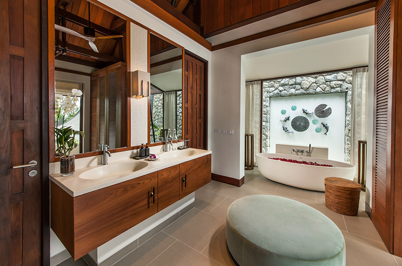 Villa Analaya Bathroom with Bathtub | Phuket, Thailand