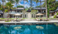 Villa Analaya Swimming Pool with Sun Beds | Phuket, Thailand