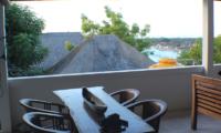 Aqua Nusa The Bungalow Outdoor Dining | Nusa Lembongan, Bali