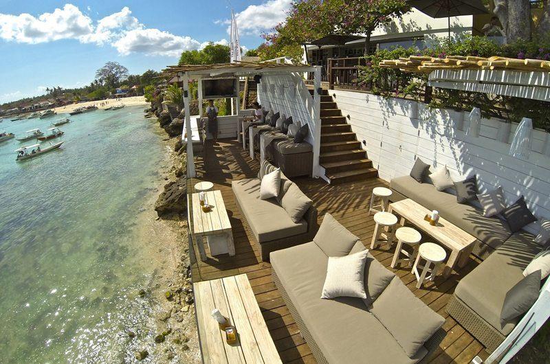 Batu Karang Lembongan Resort Lounge   Nusa Lembongan, Bali