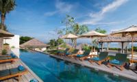 Batu Karang Lembongan Resort Sun Decks | Nusa Lembongan, Bali