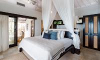 Batu Karang Lembongan Resort Spacious Bedroom   Nusa Lembongan, Bali