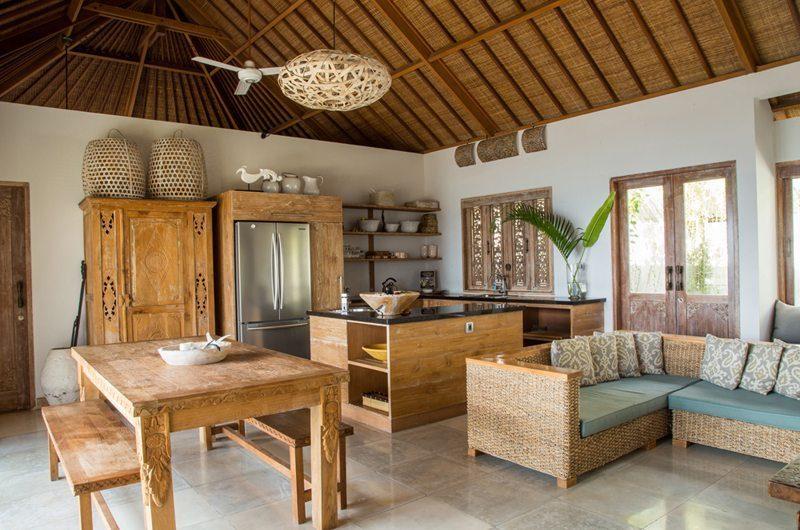 Bersantai Villas Villa Ganesha Living Area | Nusa Lembongan, Bali