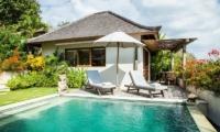 Bersantai Villas Villa Sinta Swimming Pool | Nusa Lembongan, Bali